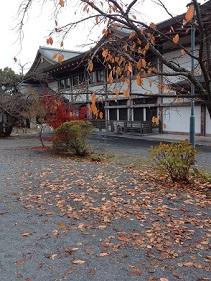 講演会会場の仁和寺